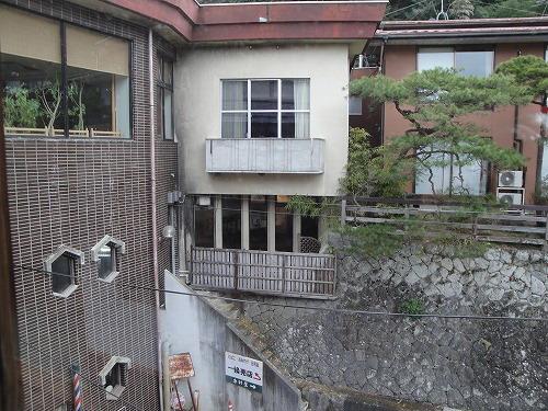 旧館から風呂.jpg