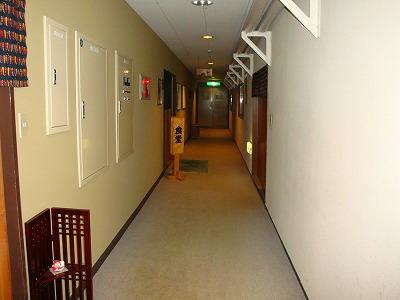 東館廊下.jpg